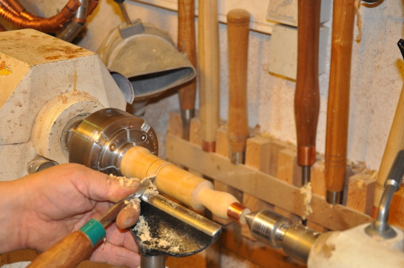 Tournage d'un manche modele londonien en buis. Making  a London pattern boxwood  chisel handle. London43