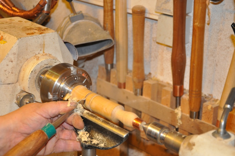 Tournage d'un manche modele londonien en buis. Making  a London pattern boxwood  chisel handle. London44