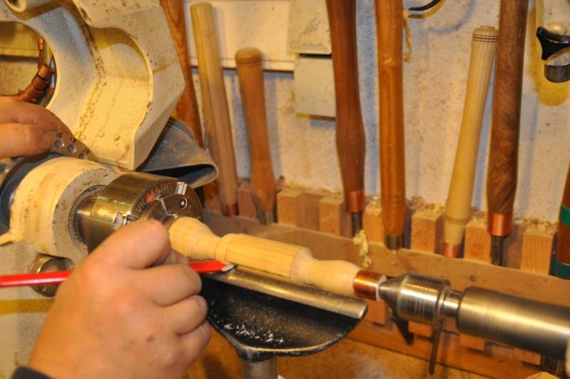 Tournage d'un manche modele londonien en buis. Making  a London pattern boxwood  chisel handle. London55