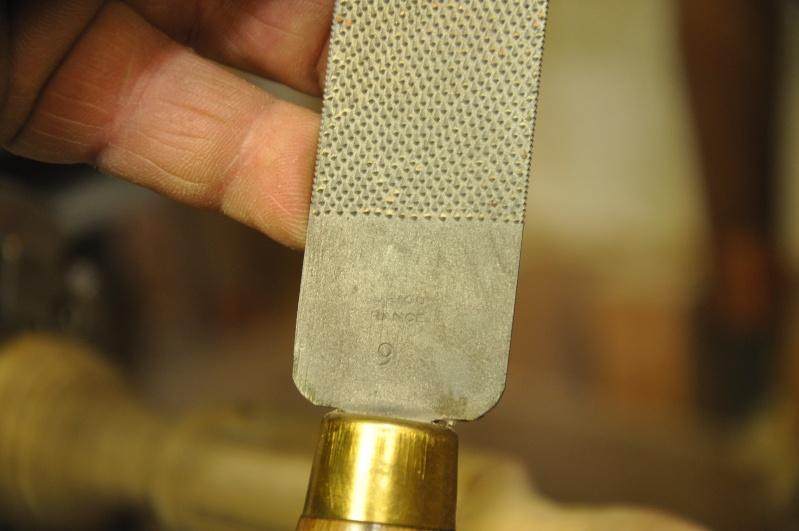 Tournage d'un manche modele londonien en buis. Making  a London pattern boxwood  chisel handle. London57