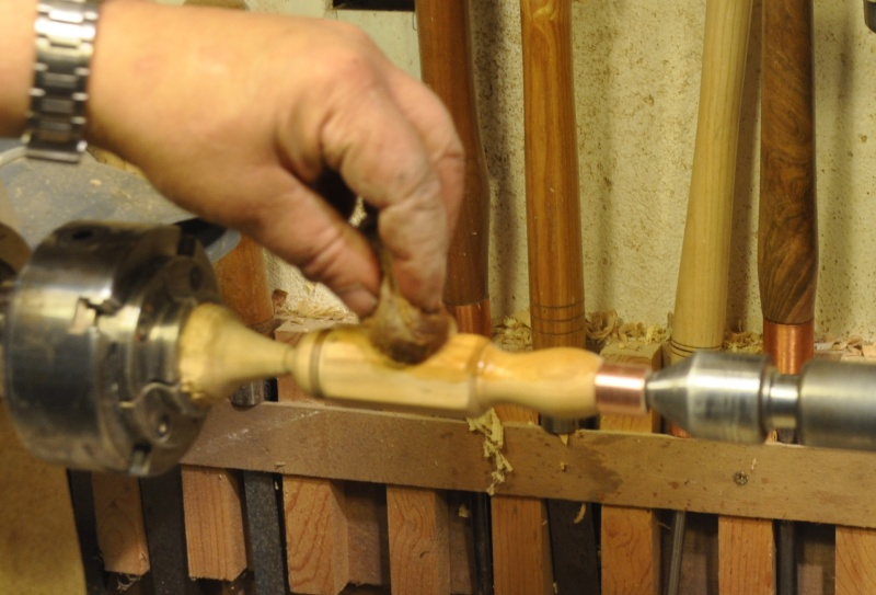 Tournage d'un manche modele londonien en buis. Making  a London pattern boxwood  chisel handle. London67
