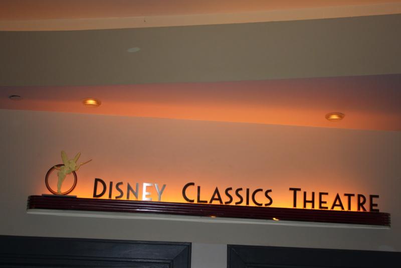 Séjour merveilleux au Disneyland Hôtel  - Page 6 Img_6020
