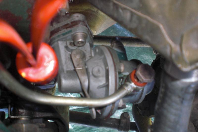 Pompe a essence  Cimg0031