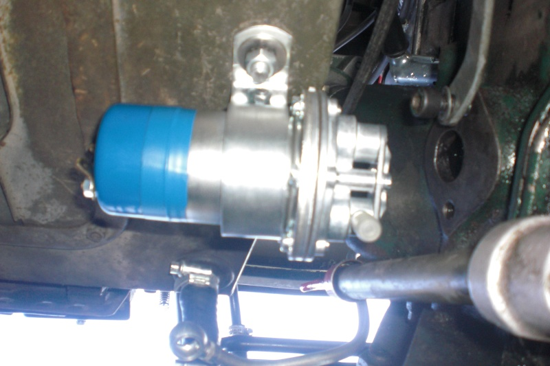 Pompe a essence  Cimg0032