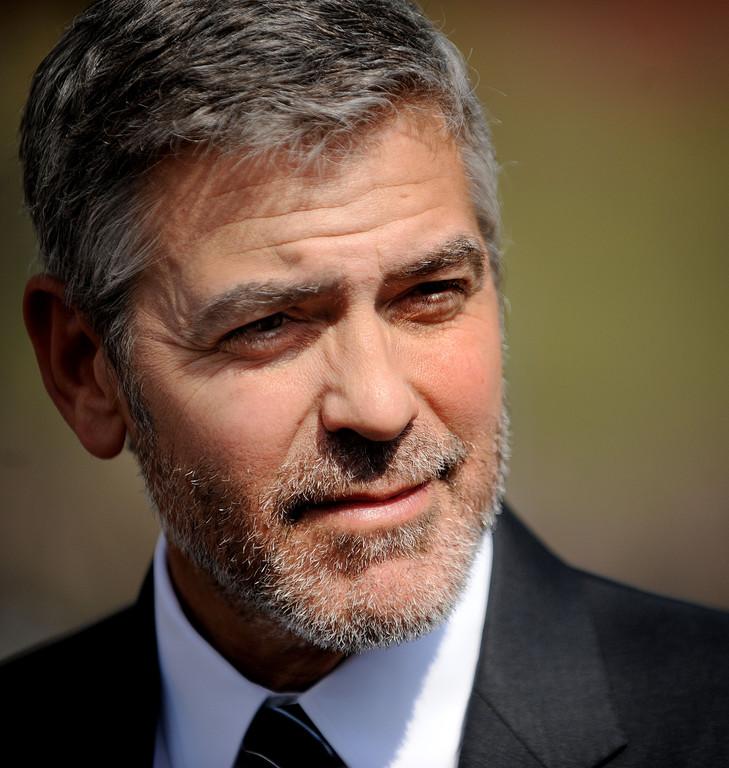 George Clooney George Clooney George Clooney! - Page 18 George11