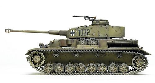 Nouveau et bientôt (peut-être) utilisateur BURGMAN 400 Panzer10
