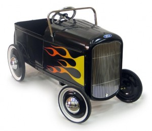 PEDAL CARS - Page 2 1932-f11
