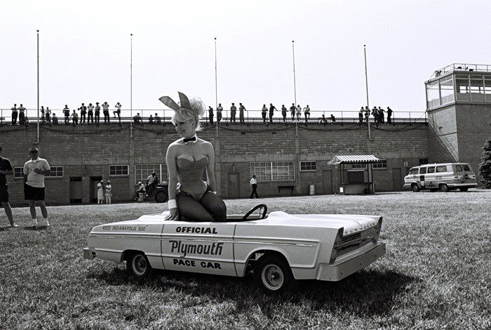 PEDAL CARS - Page 4 1965pl10