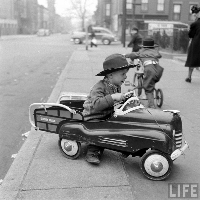 PEDAL CARS - Page 3 48676410