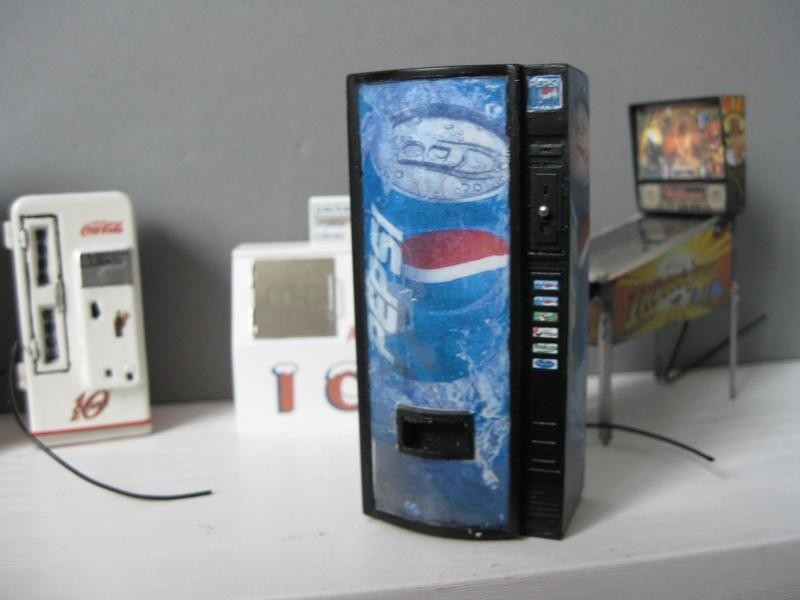 Accessoires Diorama : Le distributeur de boissons au 1:25 Img_4151