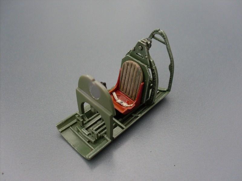 Supermarine Spitfire IX 1:48e [ICM] Spitfi16
