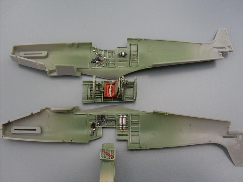 Supermarine Spitfire IX 1:48e [ICM] Spitfi18