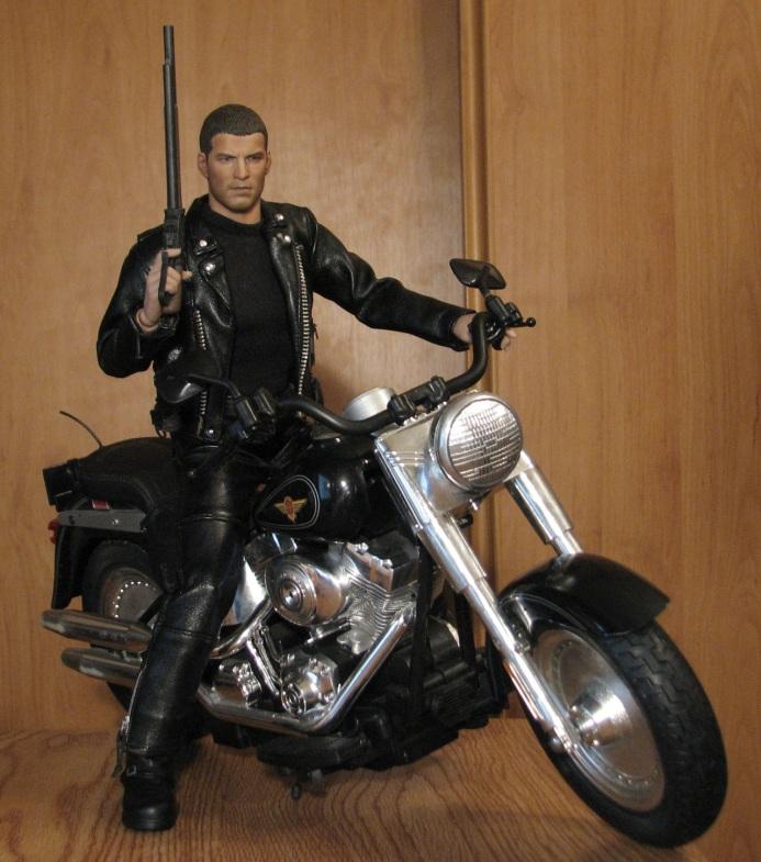 hot Toys Terminator 2 + custom harley fatboy broum broum brouuuuuum 16723710