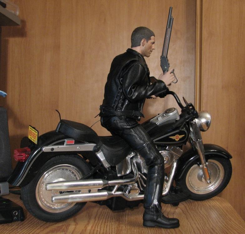 hot Toys Terminator 2 + custom harley fatboy broum broum brouuuuuum 16723711