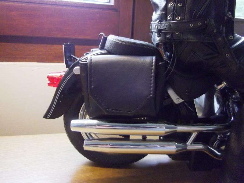 hot Toys Terminator 2 + custom harley fatboy broum broum brouuuuuum Imgp0612