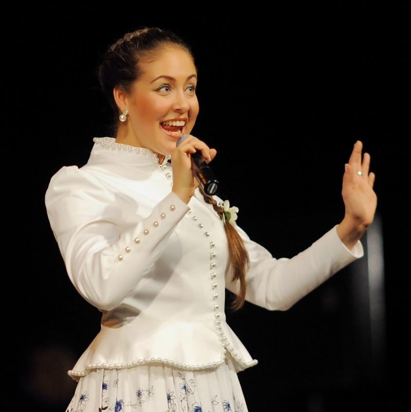 Концерт Алёны Петровской состоится 7 февраля 2014 в Театре Эстрады СПб Z_e36d10