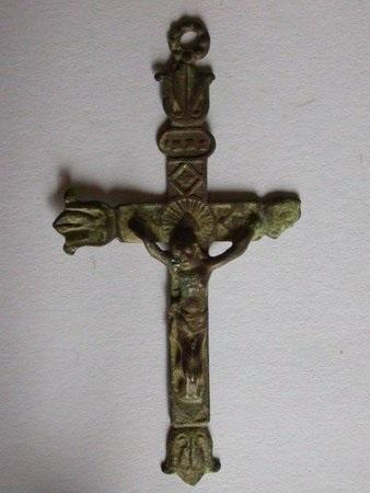 Croix avec extrêmités fleurs de lys - 1ère moitié du XIXème Coixav10