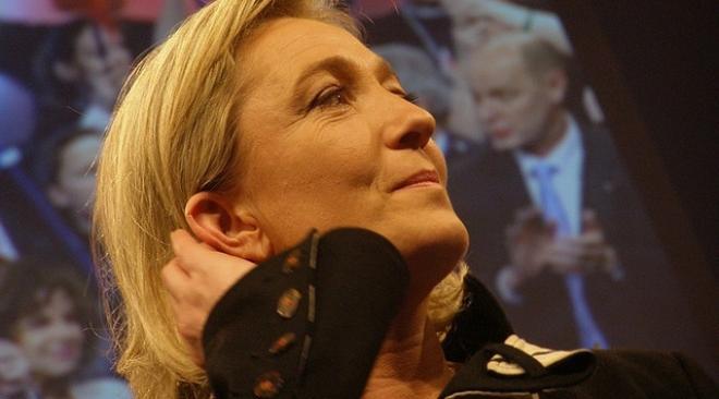 Marine Le Pen s'oppose à la date du 19 mars pour commémorer la fin de la guerre d'Algérie: un nouveau pavé dans la marre  Marine10