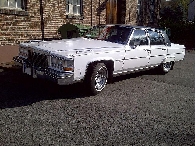 Cadillac Fleetwood Brougham - Zufallssichtung 172