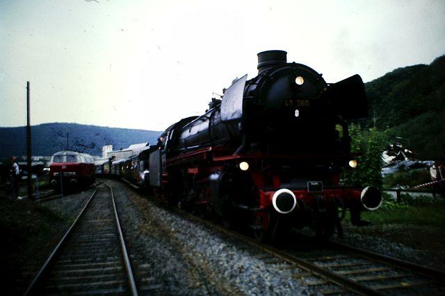 41 360 und 74 1192 auf der Westerwaldbahn 1986 812