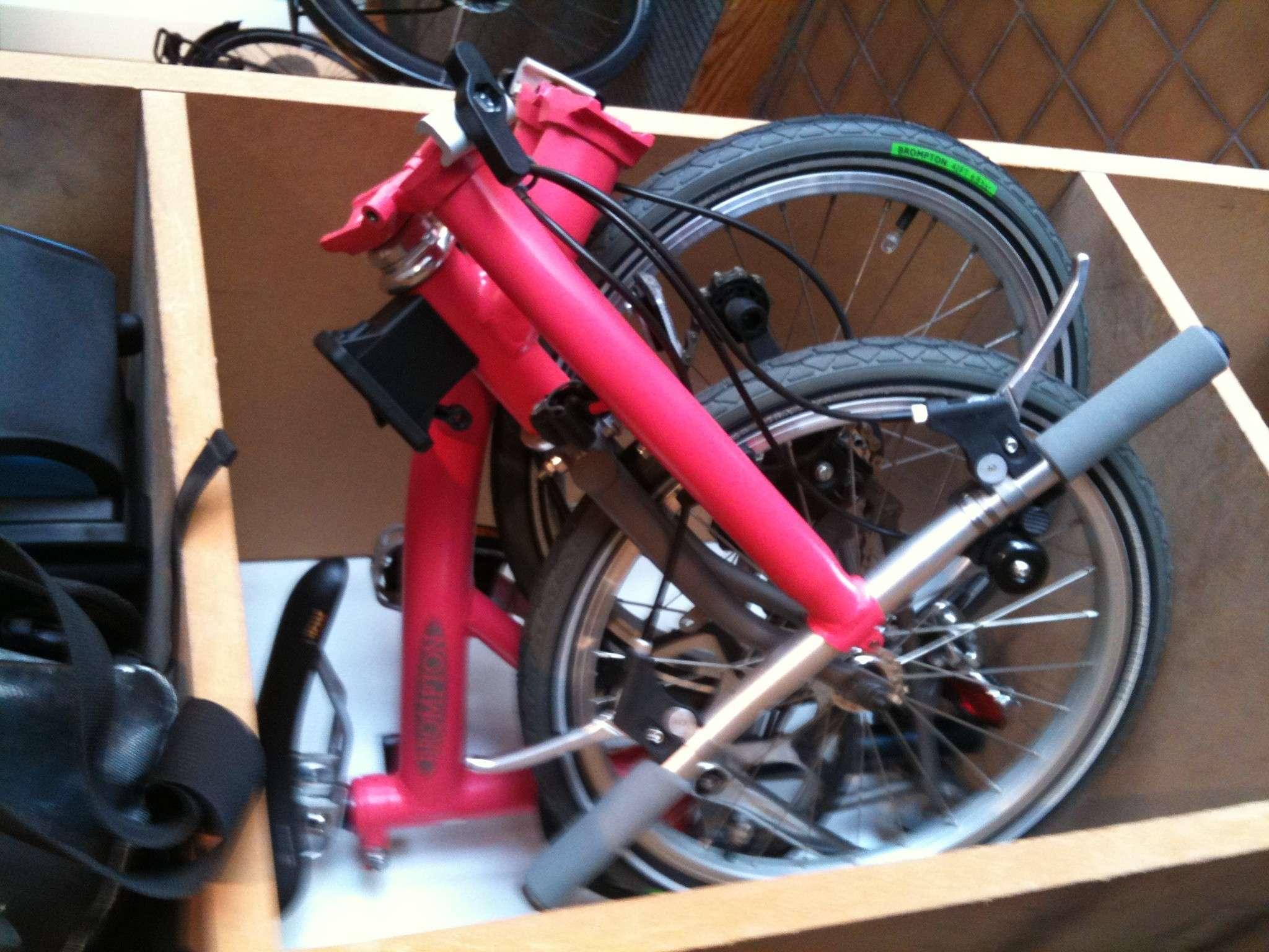 Brompton rose M6R volé le 25/06 vers 19H50 à Paris Photo10