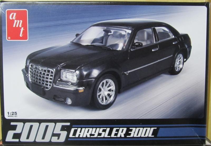 Chrysler 300 C (2005) von AMT in 1 zu 25 2005_c10