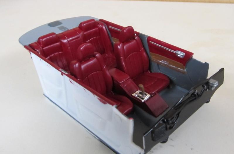 Chrysler 300 C (2005) von AMT in 1 zu 25 2005_c14