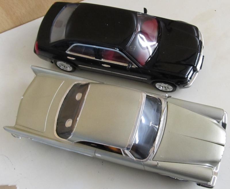 Chrysler 300 C (2005) von AMT in 1 zu 25 2005_c23