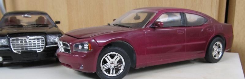 Chrysler 300 C (2005) von AMT in 1 zu 25 2005_c26