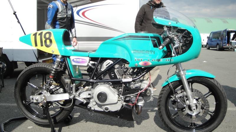 Ducati Deux soupapes - Page 11 Dsc01721
