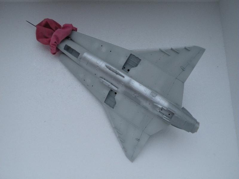 [Revell] J-35J draken - Fini Dscn5612