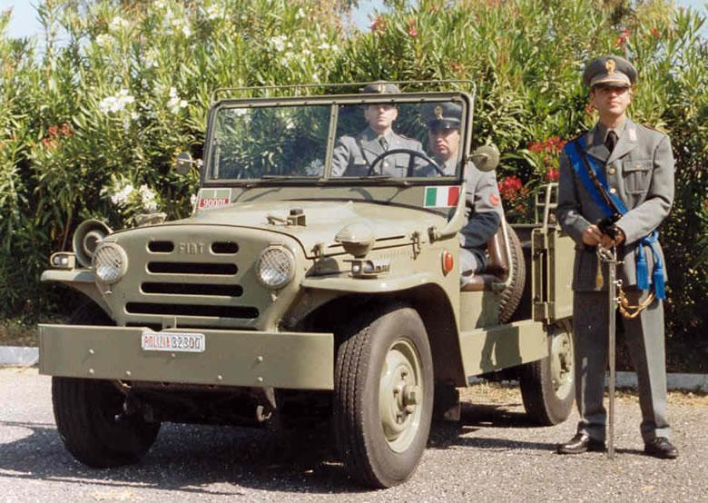 La petite Jeep présentée à Genève s'appellerait Laredo - Page 3 Campag10