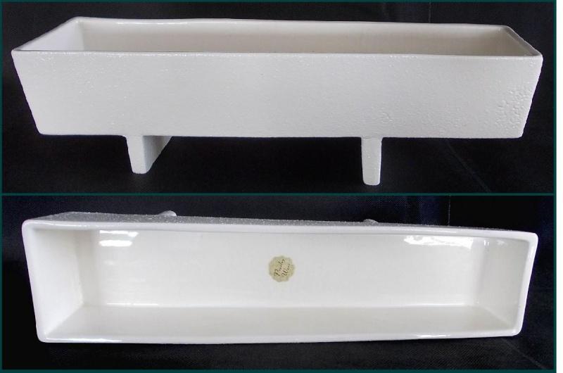 Titian Presley Ware White Crackle Glaze Planter, Black B206,Two Brown Vases  Dscn0733