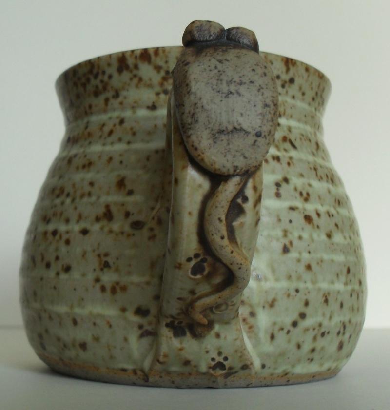 small face dish - Fangfoss pottery Marksp22