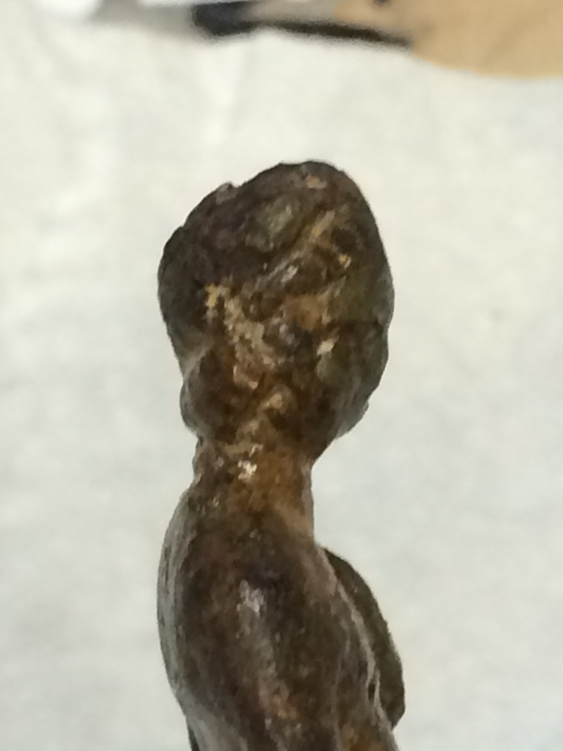 Sesterce Faustine la jeune trouvé à côté d'une statuette Img_0429
