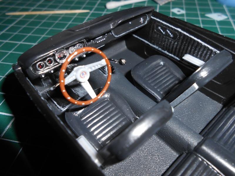 Shelby GT350H de marque Revell au 1/24e. Dscn1110