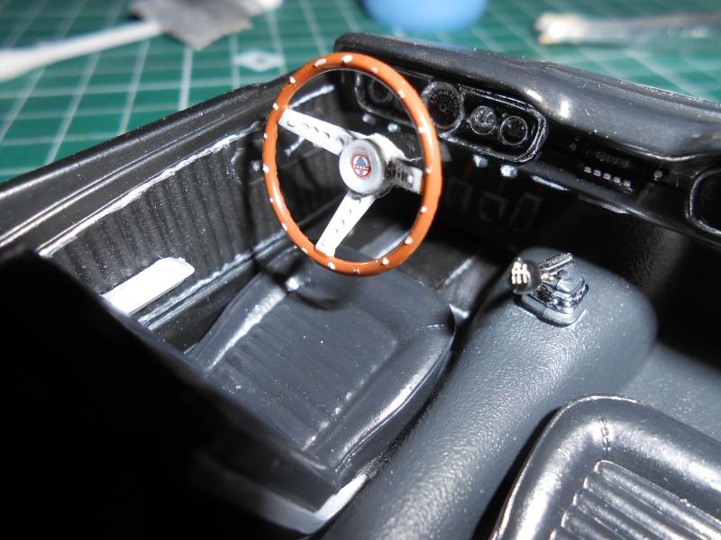 Shelby GT350H de marque Revell au 1/24e. Dscn1112