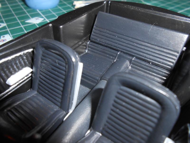 Shelby GT350H de marque Revell au 1/24e. Dscn1116