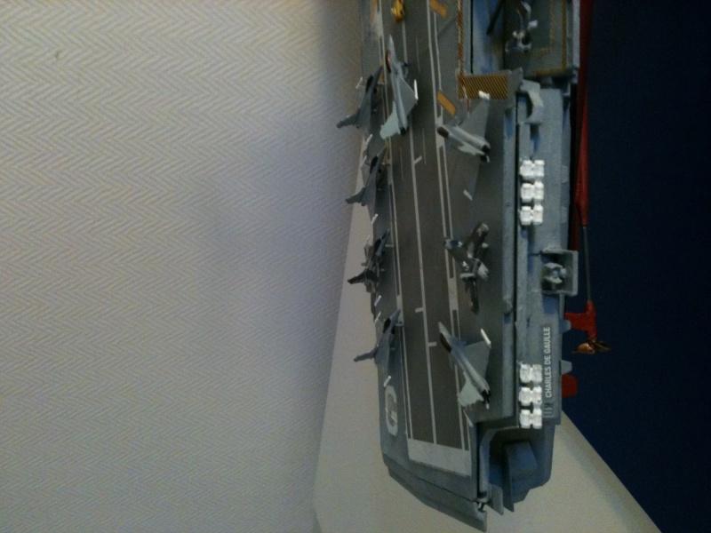 Porte-avions Charles de Gaulle au 1/400 Heller Img_5710
