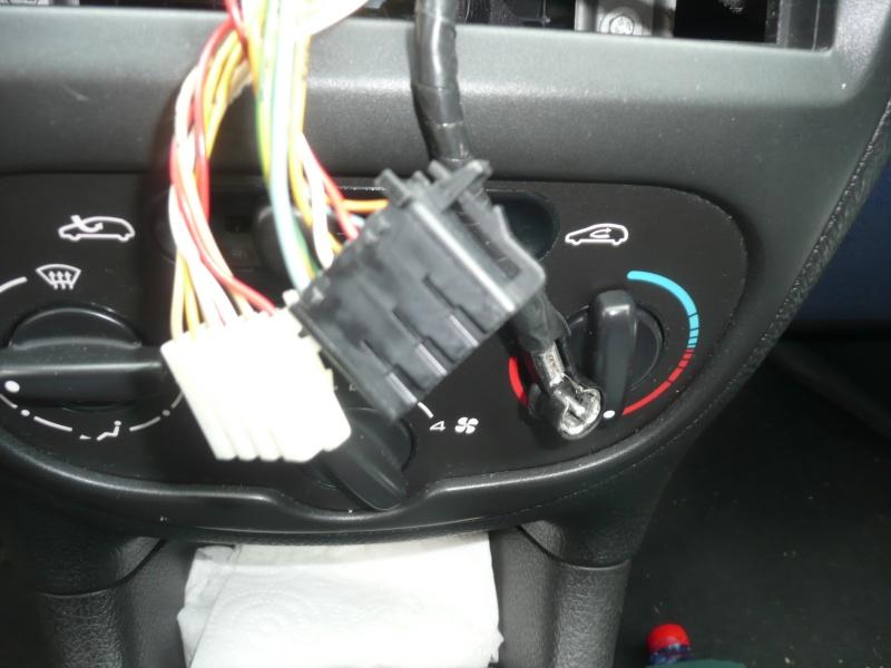 Montage autoradio (sauvegarde et coupure auto) [Résolu] - Page 2 P1040012