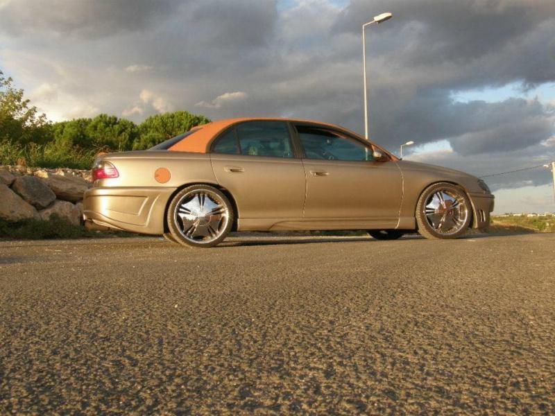 Mon Opel Omega VS Cadillac Catera 10448010