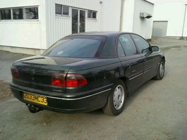 Mon Opel Omega VS Cadillac Catera Photo_12
