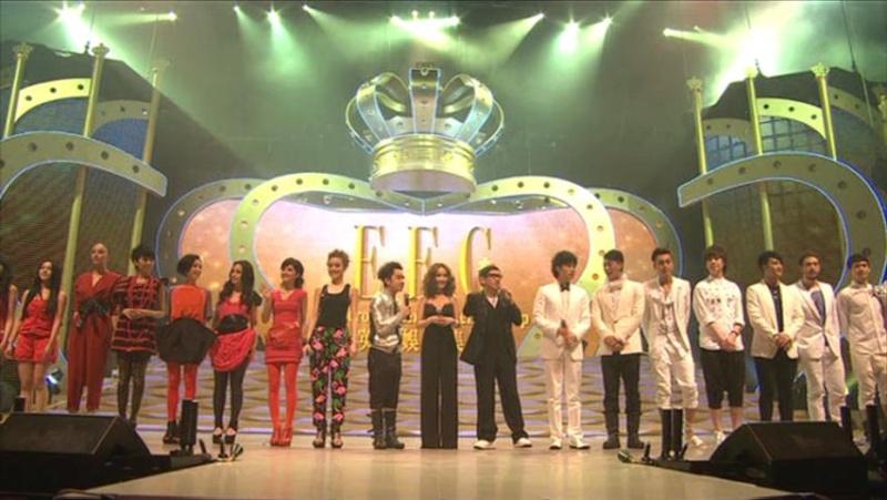 Cpop, Canto-pop, HK-pop : les concurrentes chinoises - Page 3 23_20110