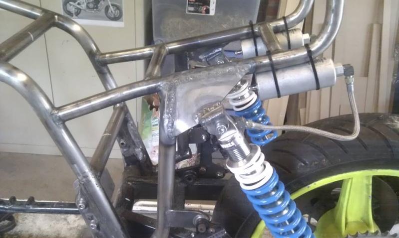 Suzuki gs1000r xr69 endurance replica - Page 5 Frame10