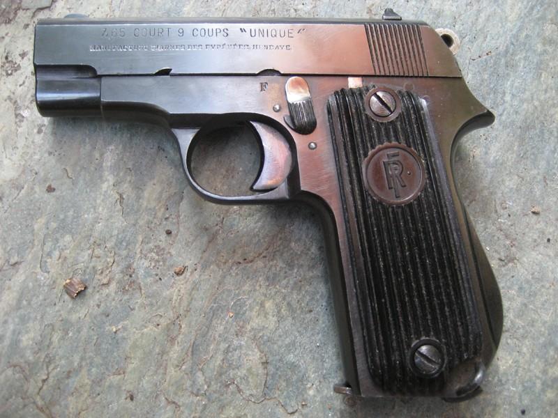 Production du pistolet Unique 17 Unique10