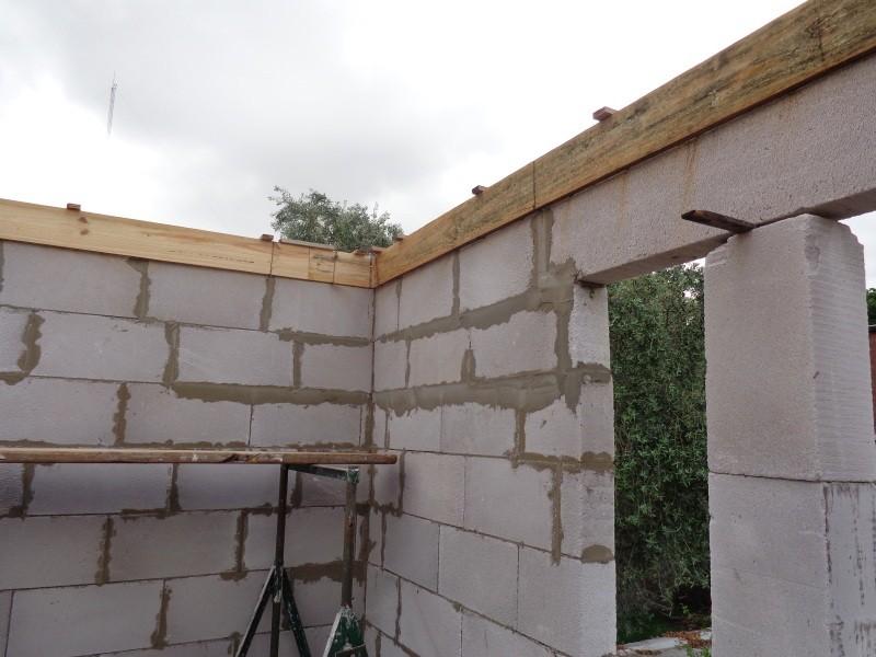 ¿Soportan mis paredes 2 tanques de 500 lts de material plástico? Imagen36