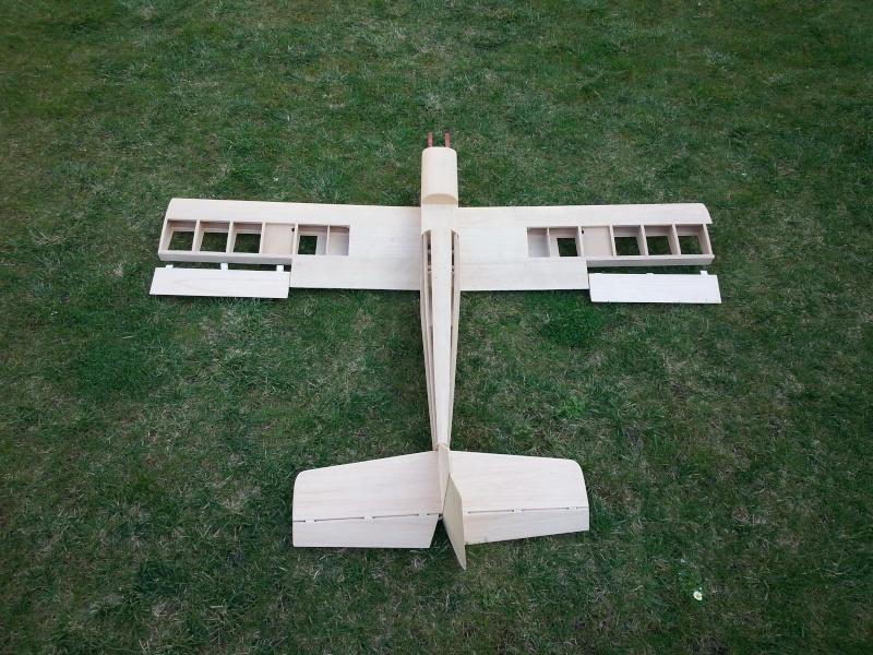 Avion kit balsa 20140411