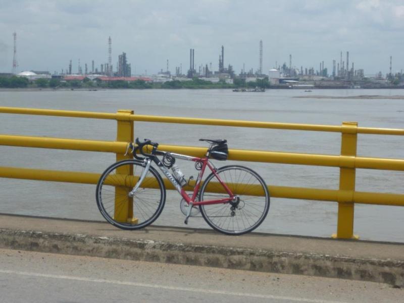 Mi pequeña Vuelta a Colombia.  14 etapas - 30 días - 1530km  Rio210