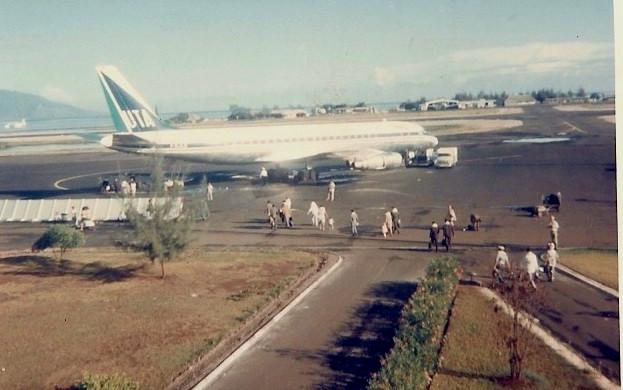Tahiti] Aéroport Faa'a  durant les campagnes. - Page 2 Avion10