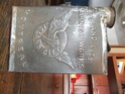 Belle boite de métal Varnish Works MONTREAL Dscf1214
